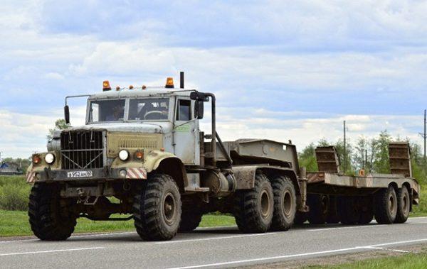 Седельный тягач КрАЗ-255В