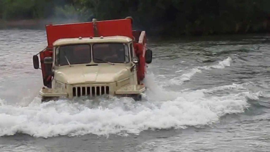 Двигатель автомобиля «Урал-375»01