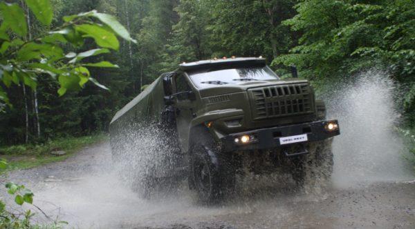 Двигатель автомобиля «Урал Некст»