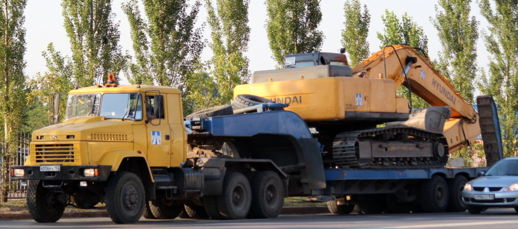Об истории предприятия и модели «КрАЗ-6443»01