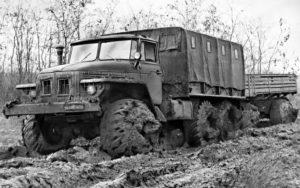 «Урал-375» и его преемник – «Урал-4320». Другие похожие машины