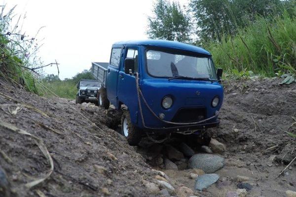 УАЗ-39094 по бездорожью