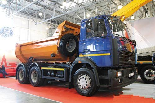 Модификации «МАЗ-5516»: 3 – в производстве, остальные – в архиве