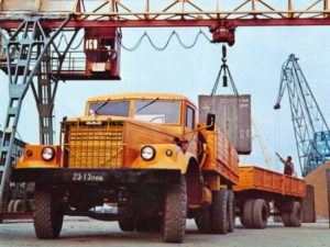 «КрАЗ-257»: предшественники, история модели и преемник-01