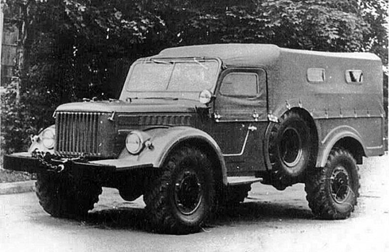 Рис 33. Опытный ГАЗ-62