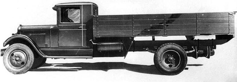 Длиннобазный грузовик ЗИС-12