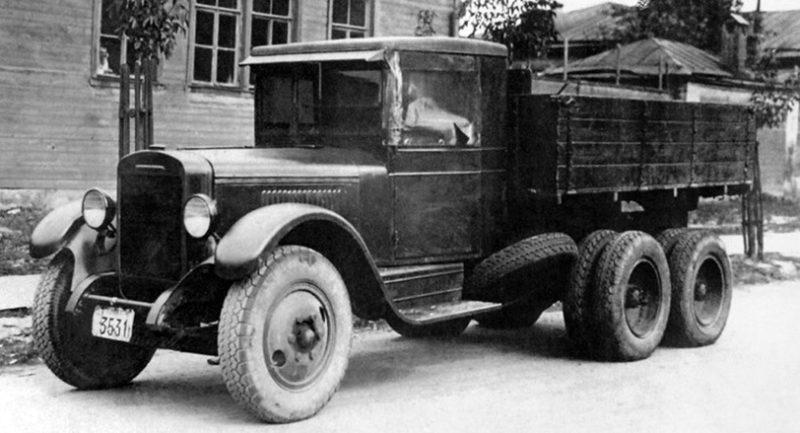 Трёхосный грузовик ЗИС-6 (6х4)