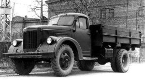 Автомобиль УралЗИС-355М