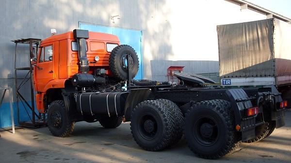 Седельно-сцепное устройство. Колёса и шины