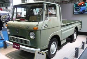 Isuzu Elf первого поколения (годы выпуска: 1959-1965)