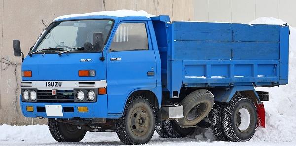 Isuzu Elf третьего поколения (годы выпуска: 1975-1984)