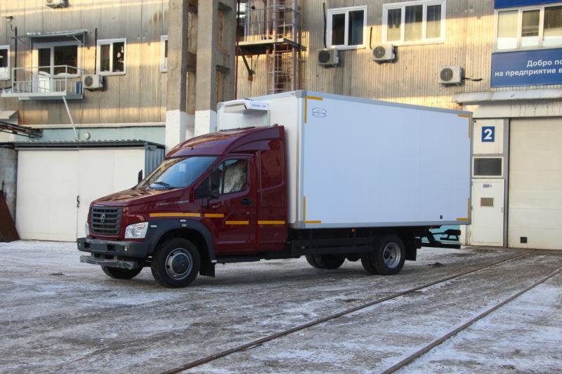 Спальная надстройка для «ГАЗон NEXT» от завода «Чайка-Сервис».