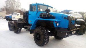 Классические серийные седельные тягачи на базе Урал-4320