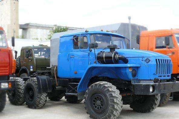 Классические серийные седельные тягачи на базе Урал-4320-02