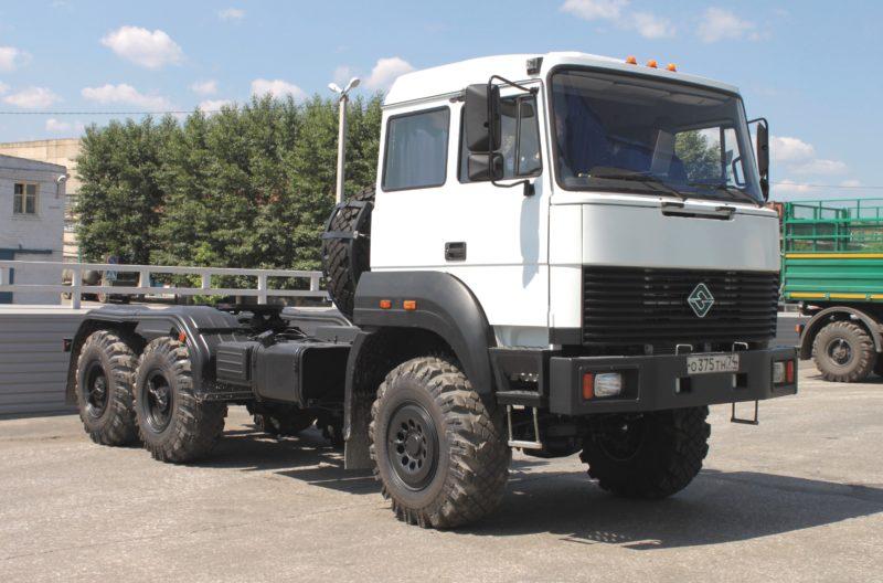 Переходные модели седельных тягачей Урал-44202-01