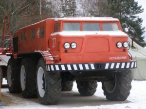Двигатели и трансмиссии вездеходного грузовика ЗИЛ-Э167