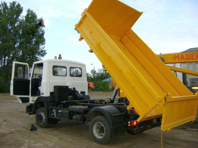 Применение грузовиков МАЗ-457043