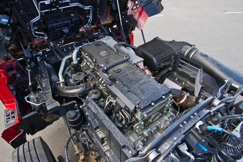 Двигатель 1844 LS