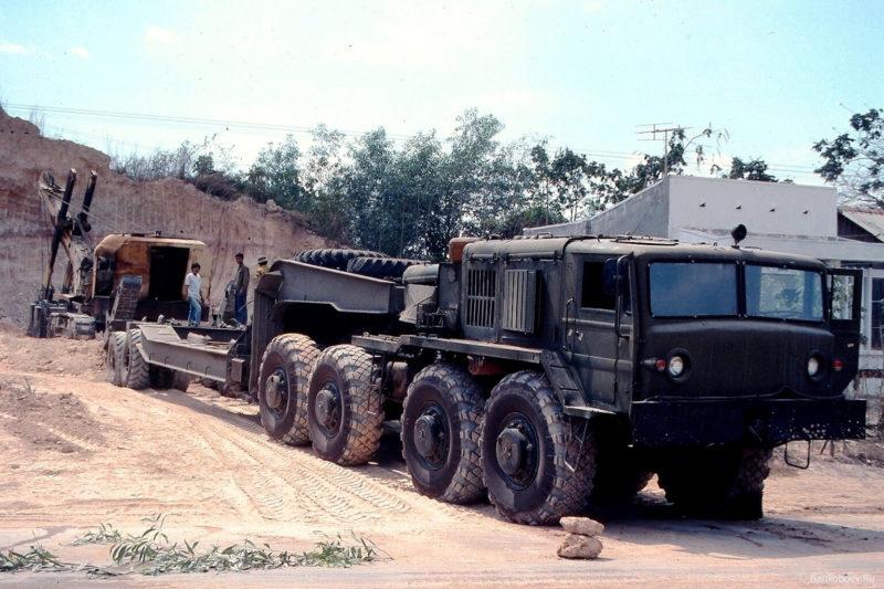 Варианты модификаций МАЗ-537 (КЗКТ-537)