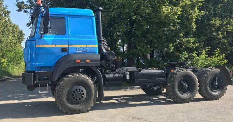 Седельный тягач Урал 63704К-0111
