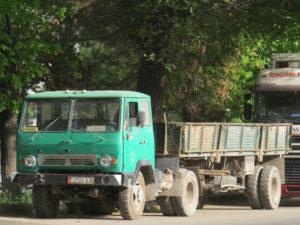 Об особенностях конструкции, отличиях от КАЗ-606