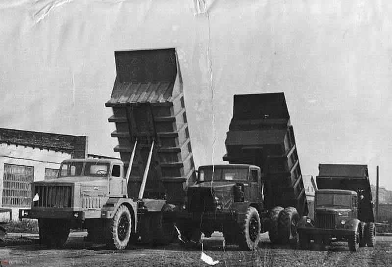 Двигатель и трансмиссия МАЗ-525