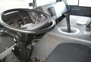 Кабина у автомобиля МЗКТ-500200